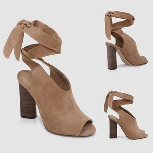 NWOT Splendid Suede Leather Tan Heeled Sandals
